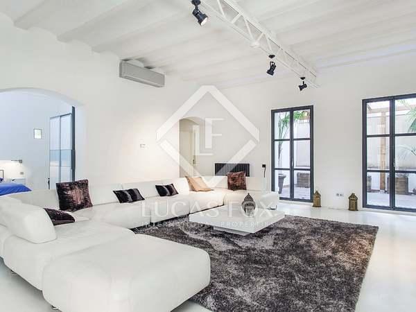 Элитная недвижимость в Испании - дизайнерская квартира в Старом Городе, Барселона