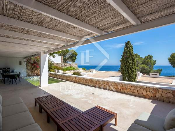 205 m² house with a terrace for sale in Santa Eulalia