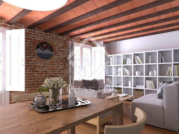 New 2-bedroom second floor apartment for sale in El Born