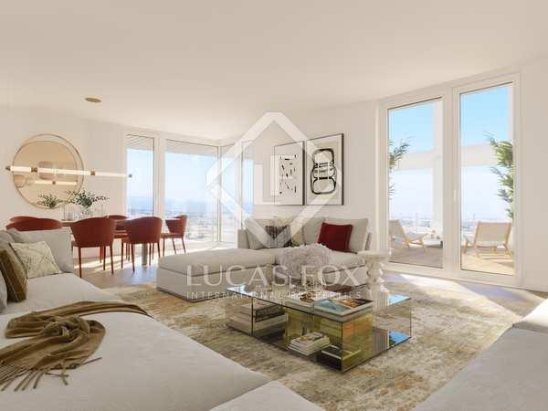 232m² Penthouse with 66m² terrace for sale in Palacio de Congresos