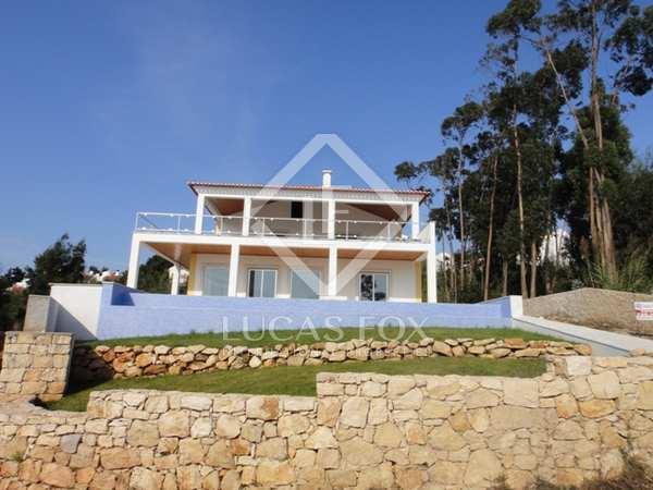 4 Bedroom luxury villa in Foz do Arelho, Silver Coast, Portugal