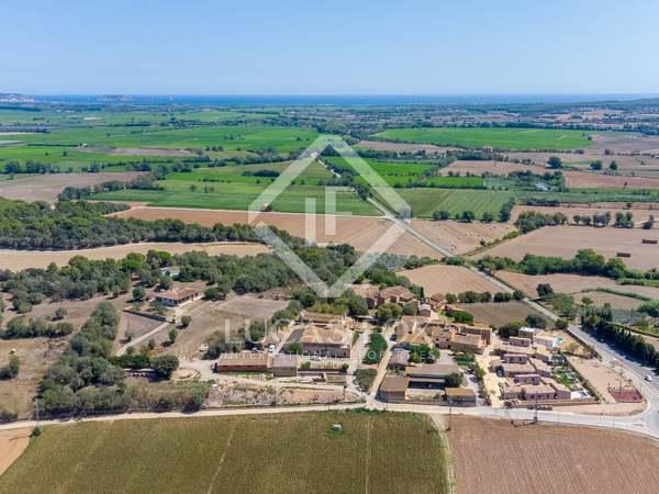 Huis / Villa van 730m² te koop in Baix Emporda, Girona