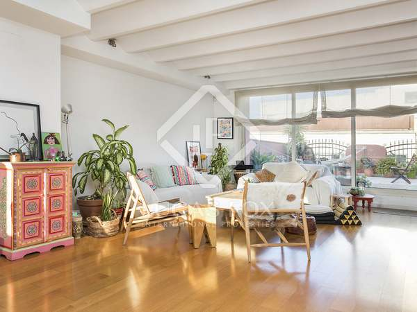 120 m² apartment with 90 m² terrace for rent in Gracia