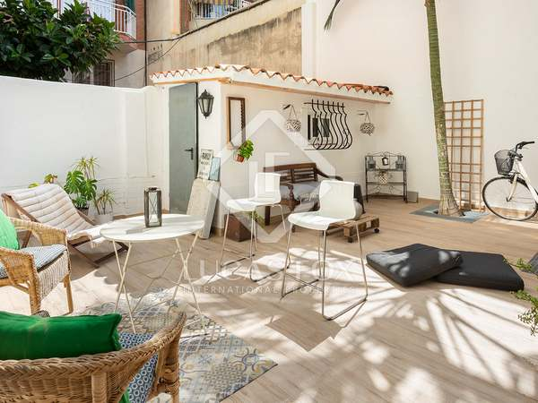 74m² Apartment with 50m² terrace for sale in Eixample Left