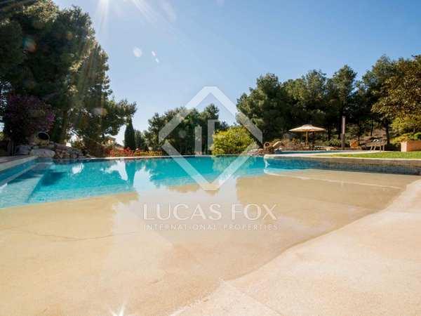 Luxury villa to buy close to Valencia city, Los Monasterios