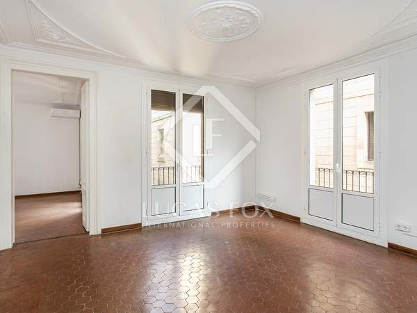 130 m² apartment for sale in Gothic area of Barcelona