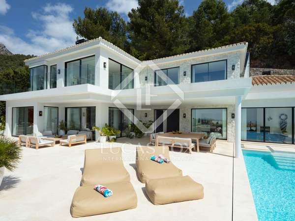 641m² House / Villa with 533m² terrace for sale in Sierra Blanca / Nagüeles