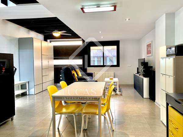 Huis / Villa van 254m² te koop met 15m² terras in Alicante ciudad