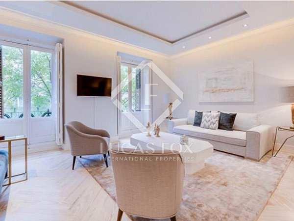 140m² Apartment for sale in Recoletos, Madrid