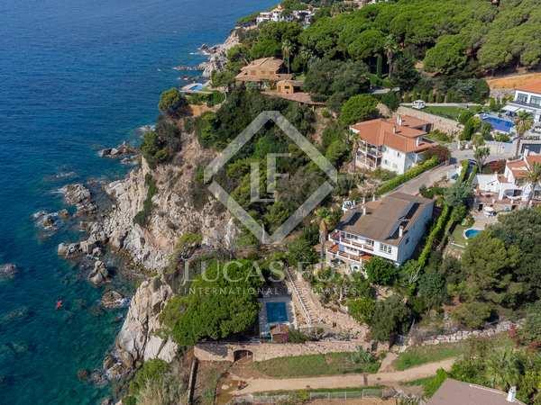 Huis / Villa van 609m² te koop in Lloret de Mar / Tossa de Mar