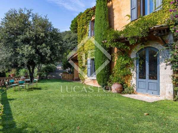 Masía con 24,600 m² de jardín en venta en Sant Andreu de Llavaneres