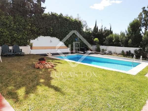 Casa / Villa de 300m² en venta en Málaga Este, Málaga