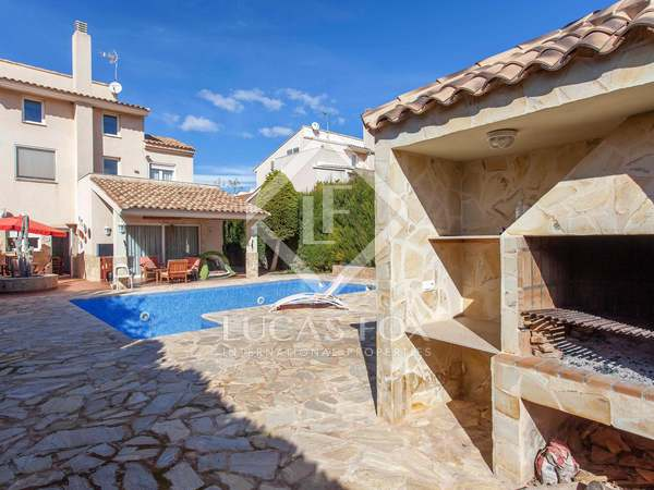 6-bedroom villa for sale in Alfinach, Puzol