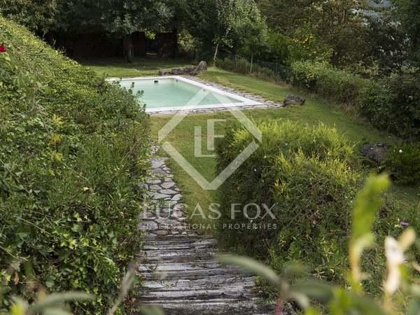 950m² House / Villa for sale in Pontevedra, Galicia