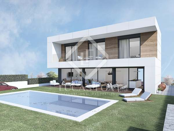 340m² House / Villa for sale in Sant Pere Ribes, Barcelona