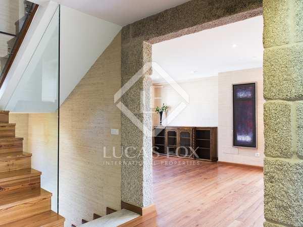 350m² Haus / Villa zur Miete in Vigo, Galicia