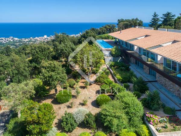 Casa / Villa di 482m² in vendita a Platja d'Aro