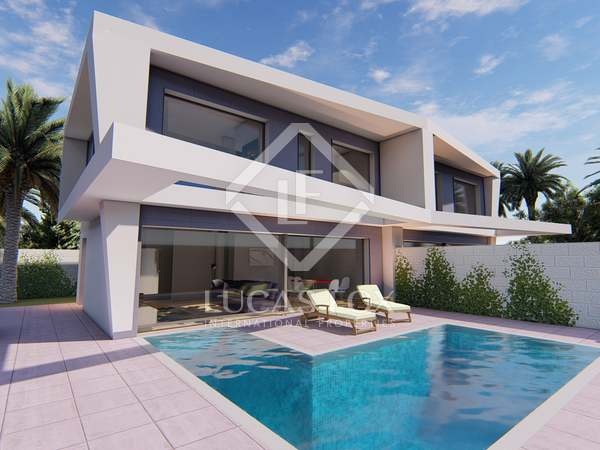 108m² House / Villa for sale in Alicante ciudad, Alicante