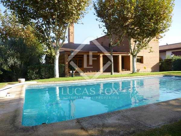 Huis / Villa van 640m² te koop in Pozuelo, Madrid