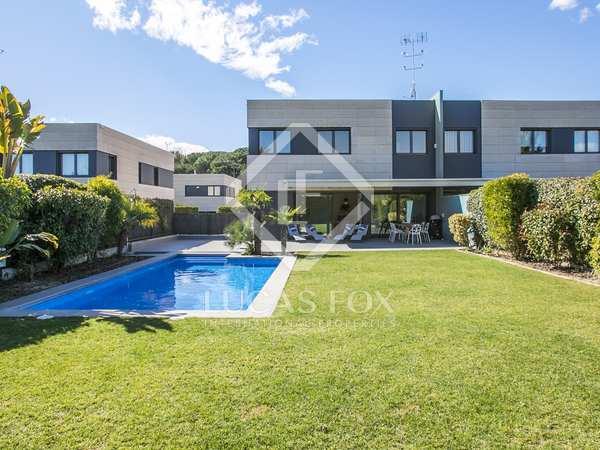 在 Sant Andreu de Llavaneres 498m² 整租 豪宅/别墅 包括 花园 320m²