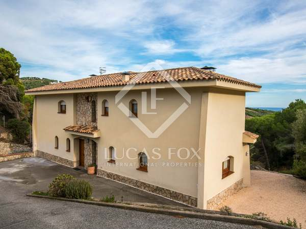 389 m² house for sale in Alella, Maresme