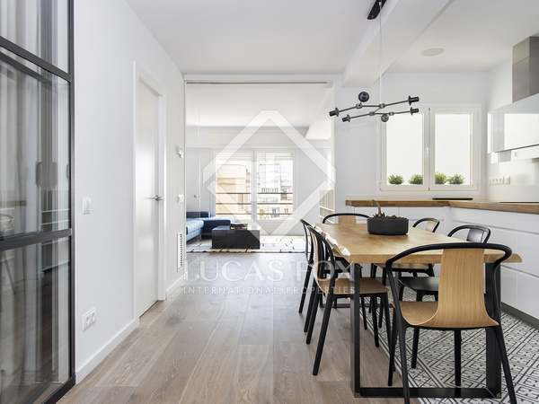 120 m² apartment with 8 m² terrace for rent in Eixample Left