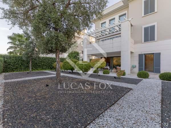 120m² Wohnung mit 270m² garten zur Miete in Aravaca, Madrid