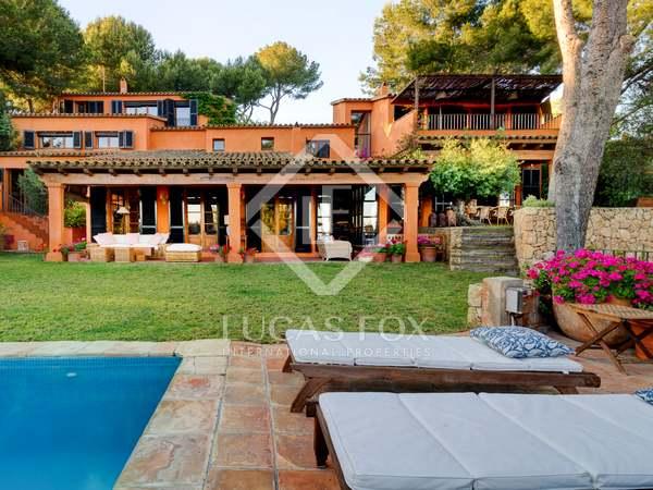 Villa de 1,090 m² en venta en Urb. de Llevant