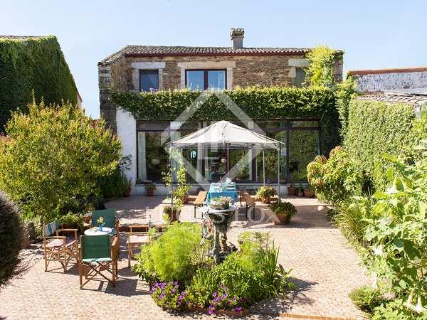 143m² House / Villa for sale in Pontevedra, Galicia