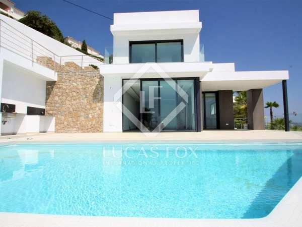 Casa / Villa de 400m² en venta en Moraira, Costa Blanca