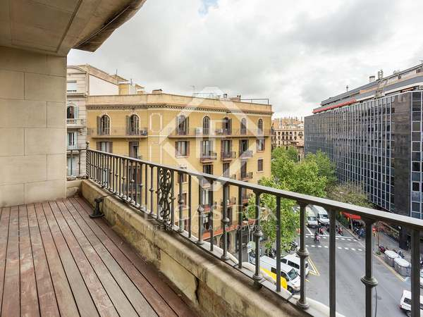 174m² Apartment with 11m² terrace for sale in Eixample Right