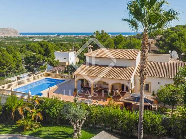 Huis / Villa van 178m² te koop in Jávea, Costa Blanca