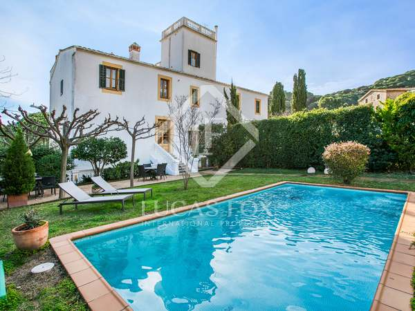 276m² House / Villa for sale in Premià de Dalt, Barcelona