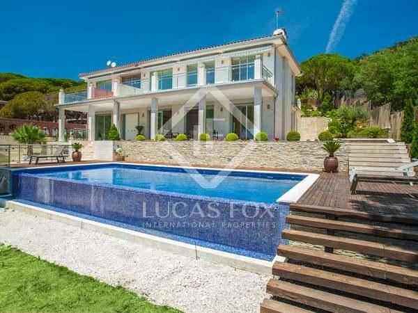 Casa / Vil·la de 786m² en venda a Cabrils, Maresme