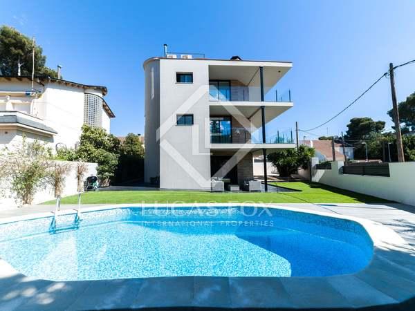 Casa / Villa de 298m² con 235m² de jardín en venta en Montemar