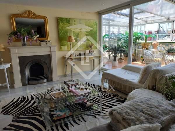 239m² Penthouse with 30m² terrace for rent in Sant Francesc