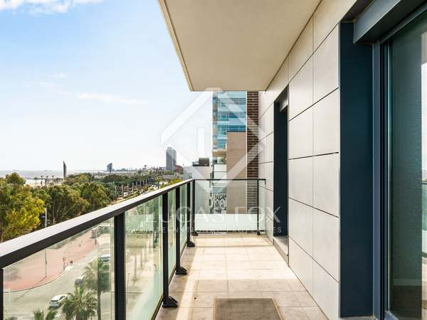 89 m² apartment with 9 m² terrace for sale in Diagonal Mar