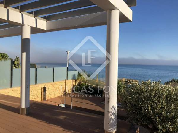 Huis / Villa van 326m² te koop in El Campello, Alicante