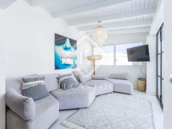 49m² Apartment with 27m² terrace for sale in Ibiza Town