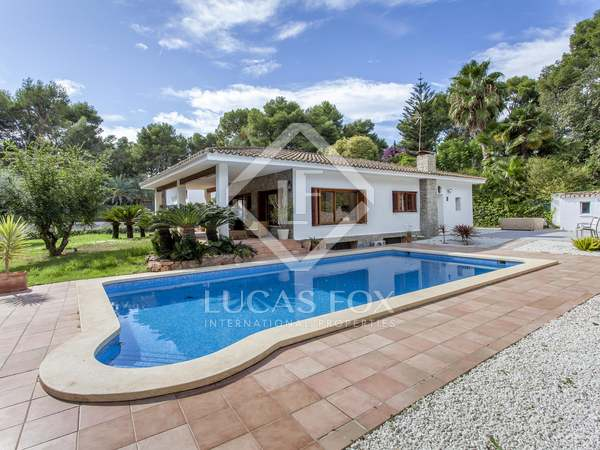380m² House / Villa for rent in Godella / Rocafort