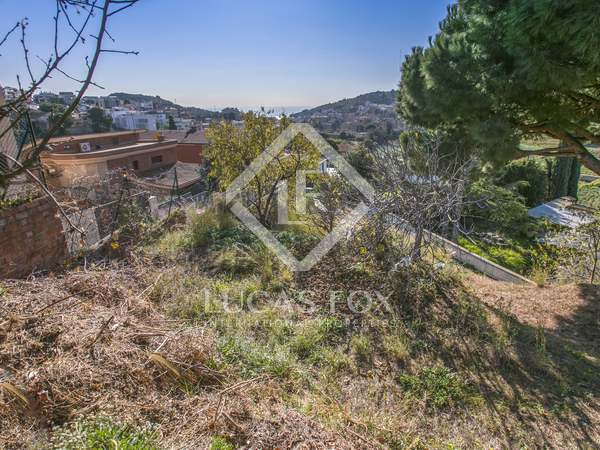 780 m² plot for sale in Tiana, Maresme