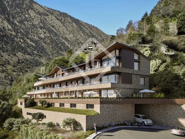 Квартира 294m², 128m² Сад на продажу в Escaldes, Андорра