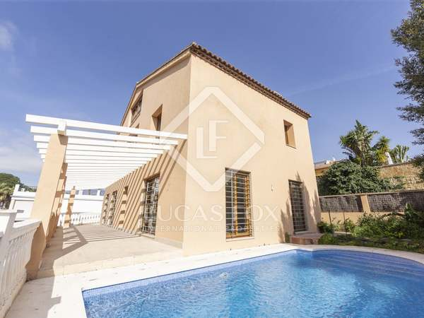 357m² House / Villa for sale in Nueva Andalucía