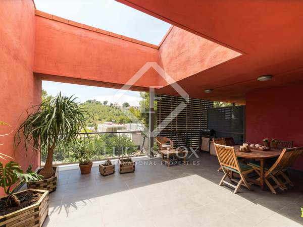 209m² Penthouse with 55m² terrace for sale in Montemar