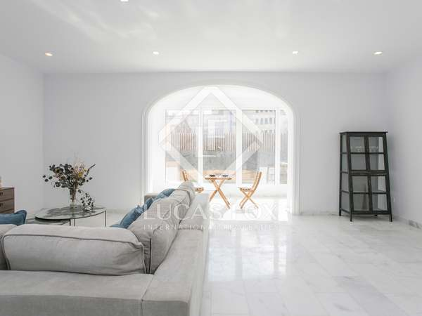 Квартира 170m², 35m² террасa на продажу в Сан Жерваси