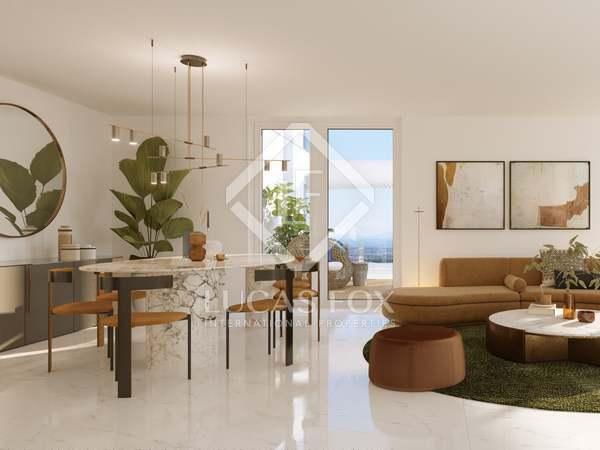 159m² Penthouse with 11m² terrace for sale in Palacio de Congresos