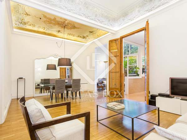 166m² apartment with 53m² garden for sale in Gracia