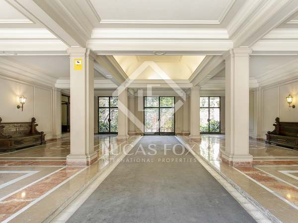 281m² Apartment for sale in Sant Gervasi - Galvany