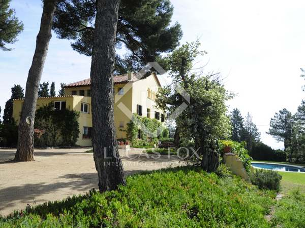 Country house for sale on the Costa Maresme, near Barcelona
