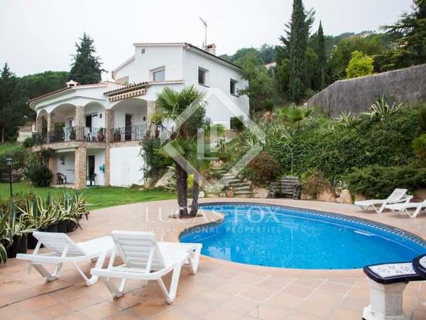 Holiday villa to buy in Lloret de Mar, Costa Brava